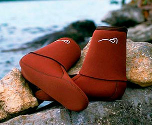Gaiter Socks are 3mm neoprene socks that fold down to cover the tops of shoes protecting your laces and keeping the interiors of your shoes clean. Combine with the Quetico Trekker in warm water. Item #: C0990012
